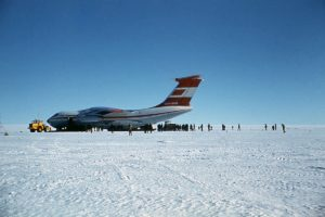 1200px-Ил-76ТД_Антарктида